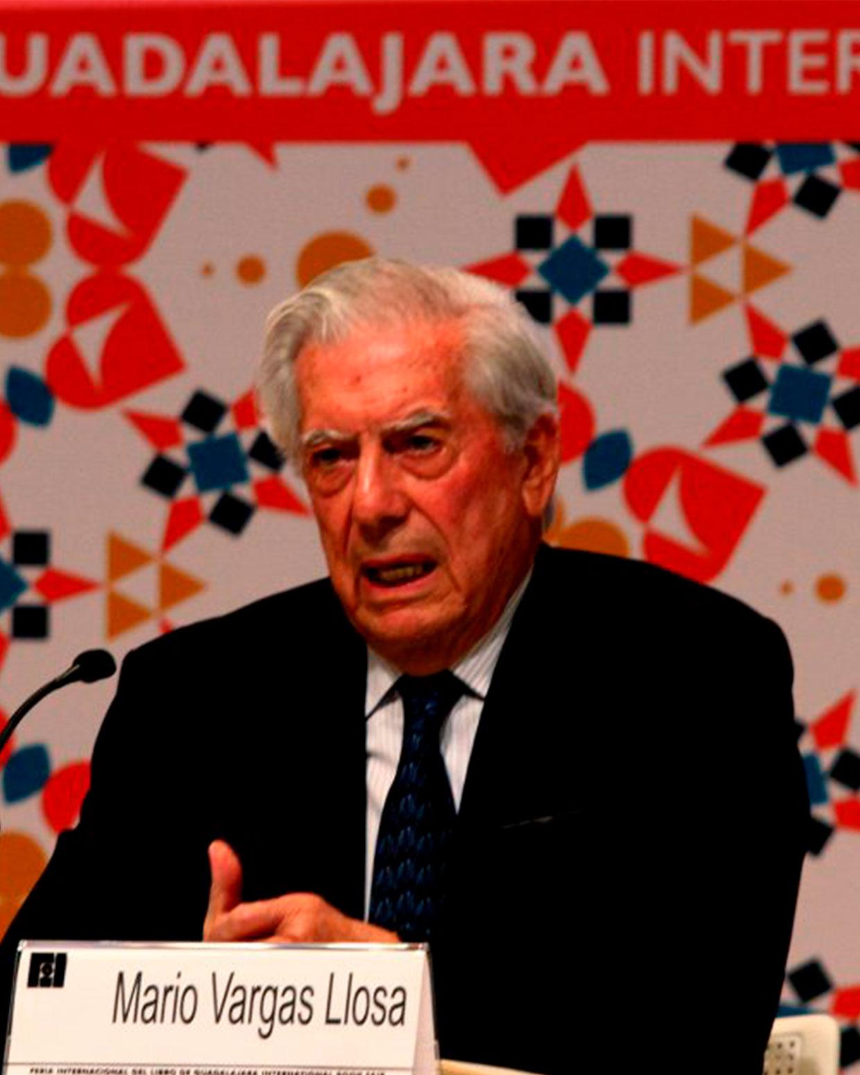 Mario Vargas Llosa en la inauguración de la 30ª Feria Internacional del Libro de Guadalajara, FIL. / FOTOGRAFÍAS DE WINSTON MANRIQUE