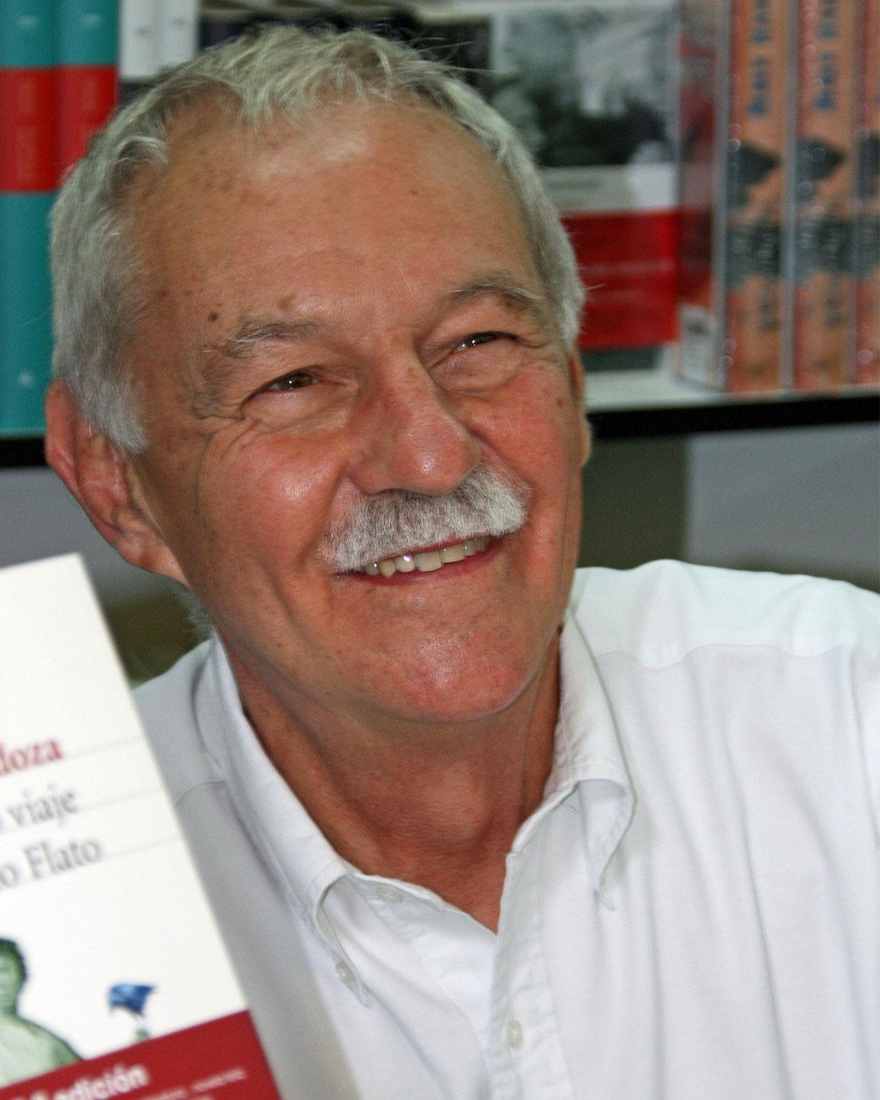 El escritor barcelonés Eduardo Mendoza.