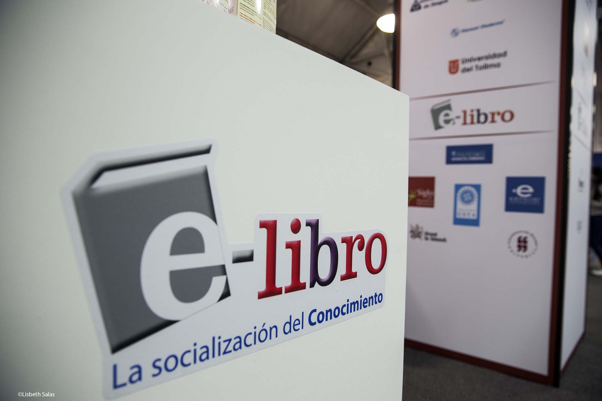 El sello digital e-Libro en la FILBo 2017.