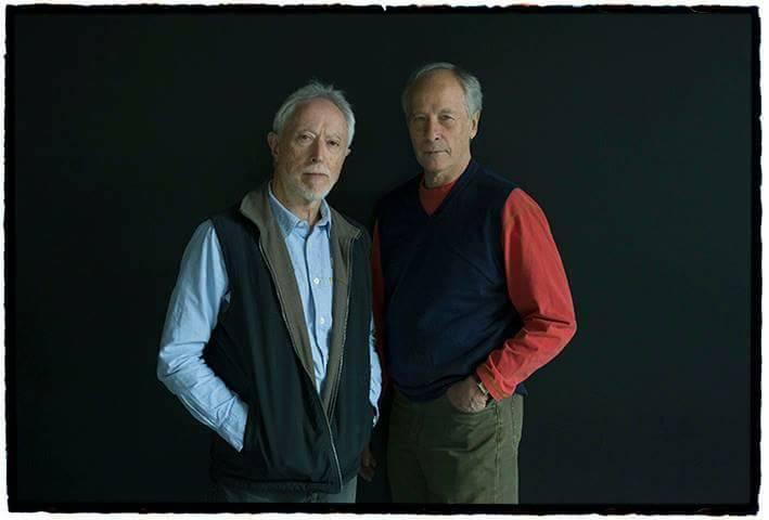 J. M. Coetzee (izquierda) y Richard Ford, fotografiados por Daniel Mordzinski en la FILBo. Imagen con la que El Espectaor ilustra la página dedicada a WMagazín.