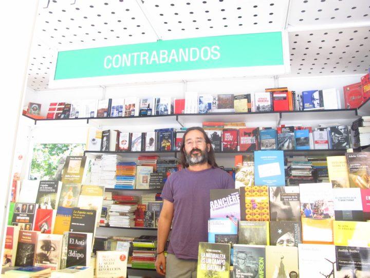 Caseta de Contrabandos en la Feria del Libro de Madrid