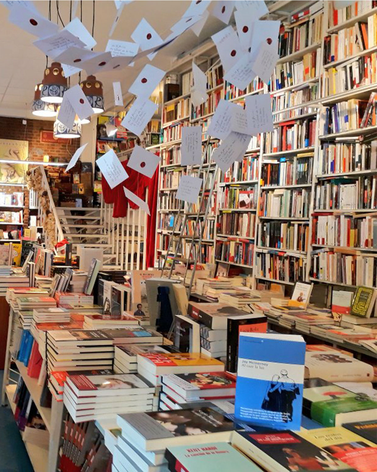 Trescientos libreros espa oles descifran el futuro de las - Librerias a medida en madrid ...