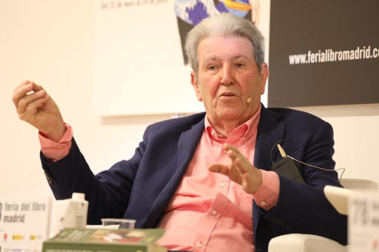 Brindis por Anagrama, Tusquets, López de Lamadrid y Galdós en la Feria del Libro de