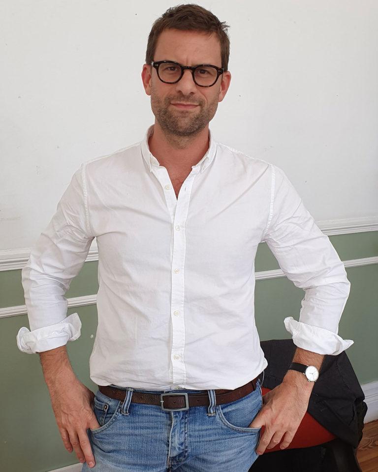 """Nicolas Mathieu: """"Seremos un archipiélago con herramientas que nos alejan de las relaciones"""